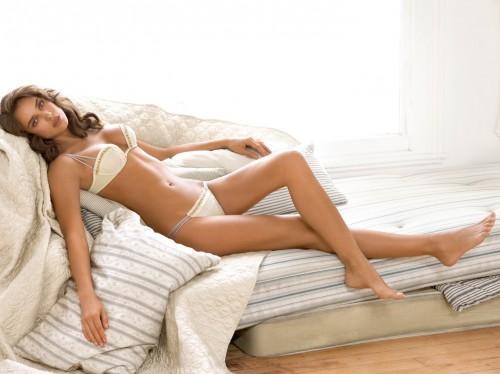 Irina-Shayks-Feet-296533d62f086121c4.jpg