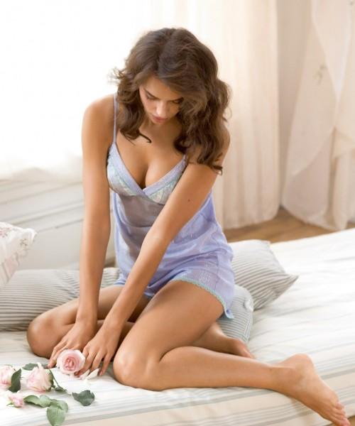 Irina-Shayks-Feet-3326bd16ca373fdb5c.jpg