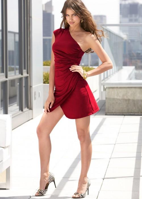 Irina-Shayks-Feet-37cd69810a8e1446de.jpg