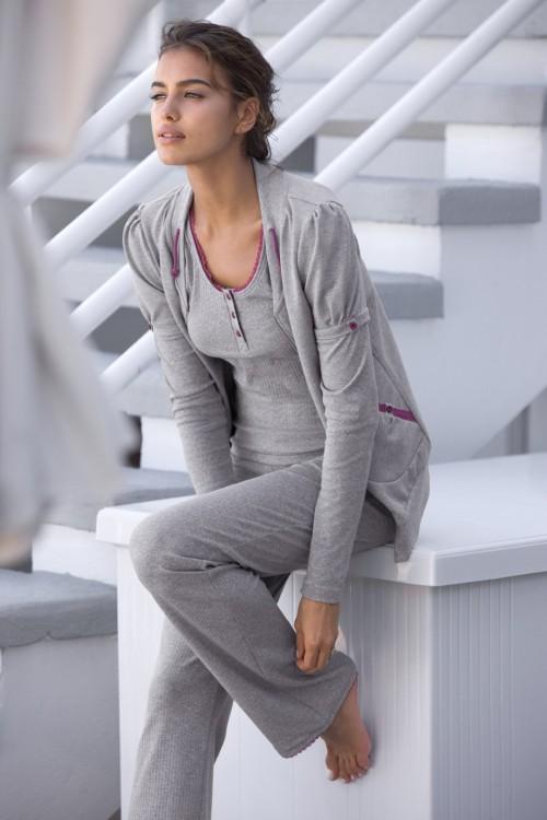 Irina-Shayks-Feet-399d09a16085a4e81f.jpg