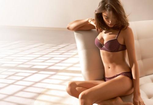 Irina-Shayks-Feet-52c750a7dae8ca66bf.jpg