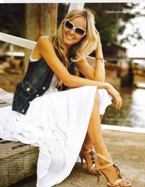 Isabel-Lucass-Feet-12f12c9afc966e5989.jpg