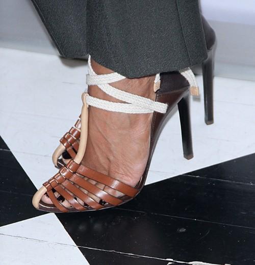 Jada-Pinkett-Feet-6cd810cd07bc667ce.jpg