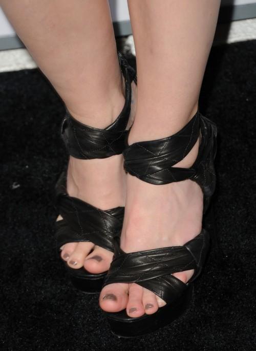 Jaime-King-Feet-12ebe83f4648b2f342.jpg