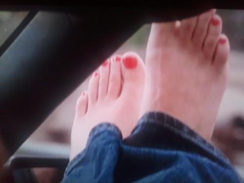 Jaimie-Alexanders-Feet-4003ceb7d7357d6a57.jpg