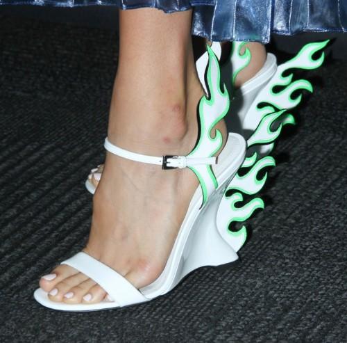 Jamie-Chung-Feet-56eb3098607058a58.jpg