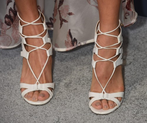 Jamie-Chung-Feet-6639549bbdf98e0d0.jpg