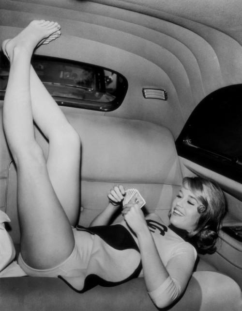 Jane-Fonda-Feet-45a74e1b8414ae523.jpg