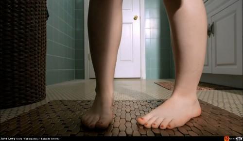 Jane-Levys-Feet-8f0e5e715116b7a42.jpg