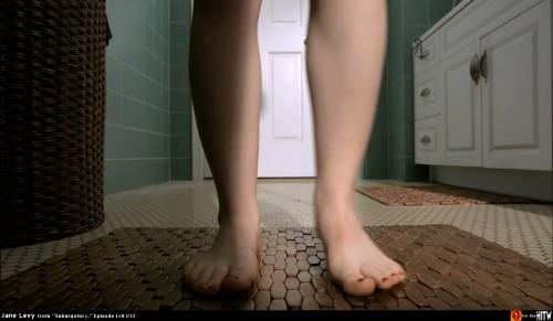 Jane-Levys-Feet-92454f5db5ef8d616.jpg