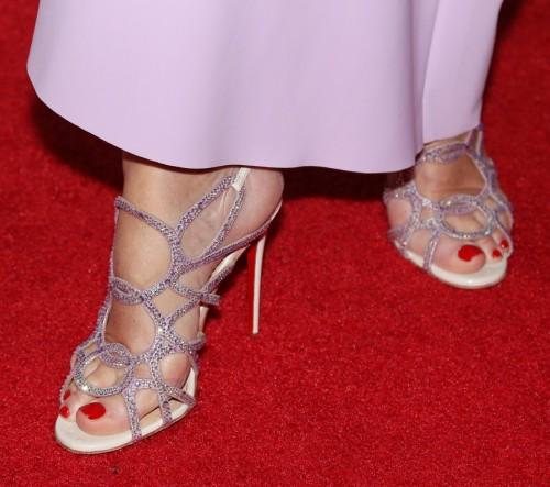Jane-Seymour-Feet-1408e96dfc4a6bcd9b.jpg