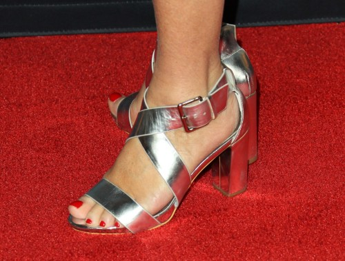 Jane-Seymour-Feet-856838b944842fcc4.jpg