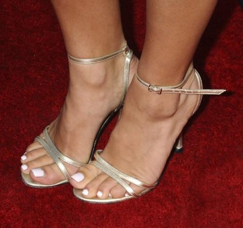 Jenna-Dewans-Feet-19f1165350bc823b39.jpg