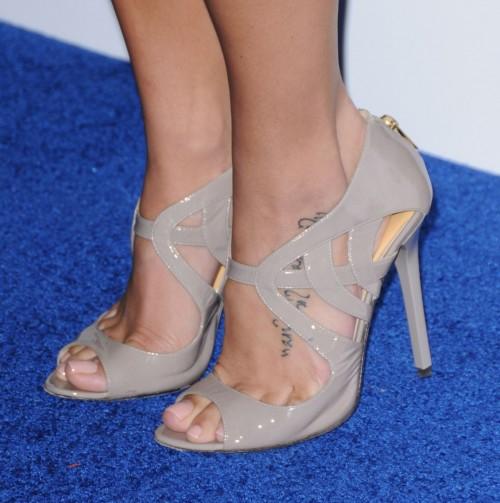 Jenna-Dewans-Feet-24b069fd14cf14e596.jpg