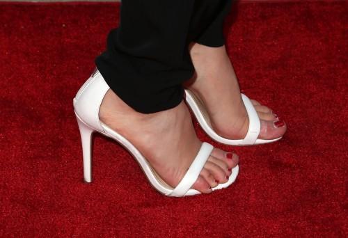 Jennette-McCurdy-Feet-22903317112451f6c513874.jpg