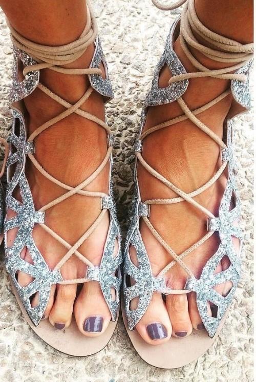 Jenni-Falconer-Feet-109ed5048d5e305b29.jpg