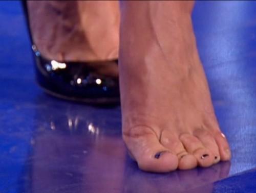 Jenni-Falconer-Feet-10a5517dbdb0ed3bf.jpg