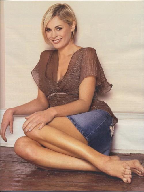 Jenni-Falconer-Feet-2297079dba9ad7148.jpg