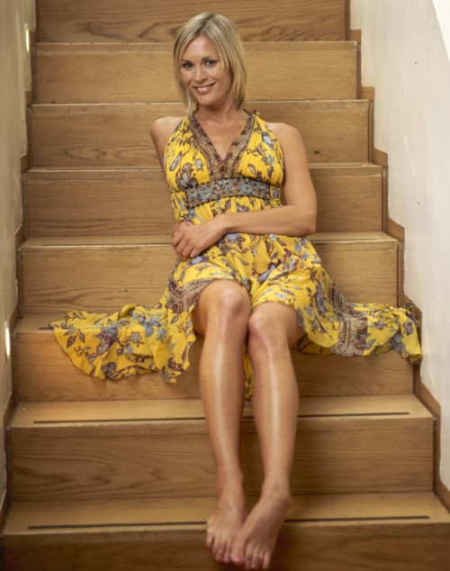 Jenni-Falconer-Feet-3f149e4cd13eb92b3.jpg
