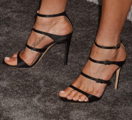 Jennifer-Anistons-Feet-577f4d127dabe94526.jpg