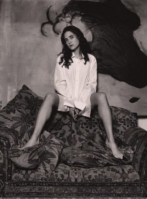 Jennifer-Connellys-Feet-41b9129656b5d7eefa.jpg