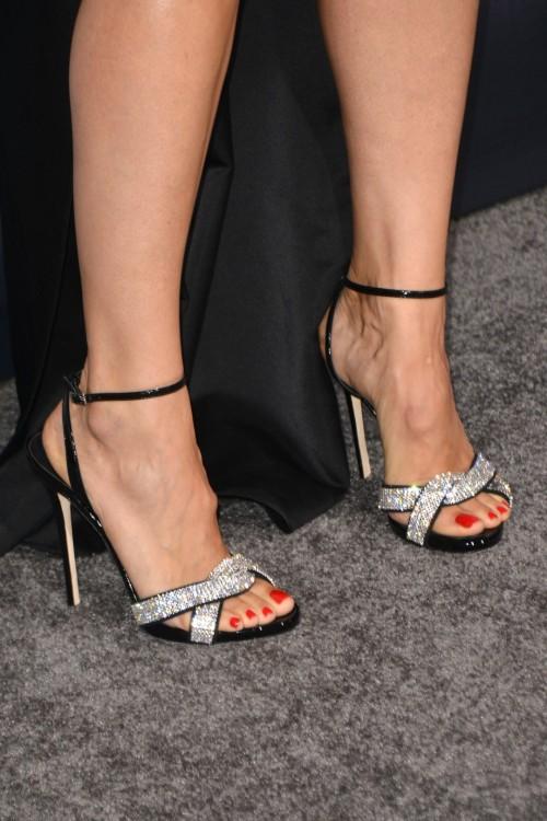 Jennifer-Garner-Feet-117fb72da71c62b144.jpg