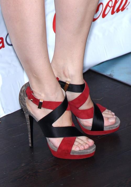 Jennifer-Garner-Feet-2fdd91323573c4009.jpg