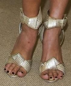 Jennifer-Hawkins-Feet-87246e82887b90913.jpg