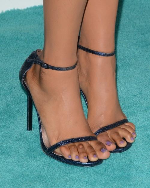 Jennifer-Hudson-Feet-2ab2b815bd278ea7f.jpg