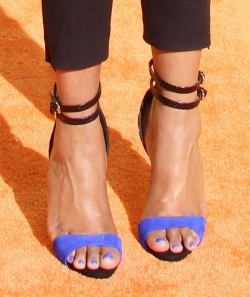 Jennifer-Hudson-Feet-45c84632188e6c248.jpg