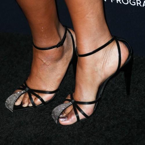 Jennifer-Hudson-Feet-8d491e3057d2d02f9.jpg