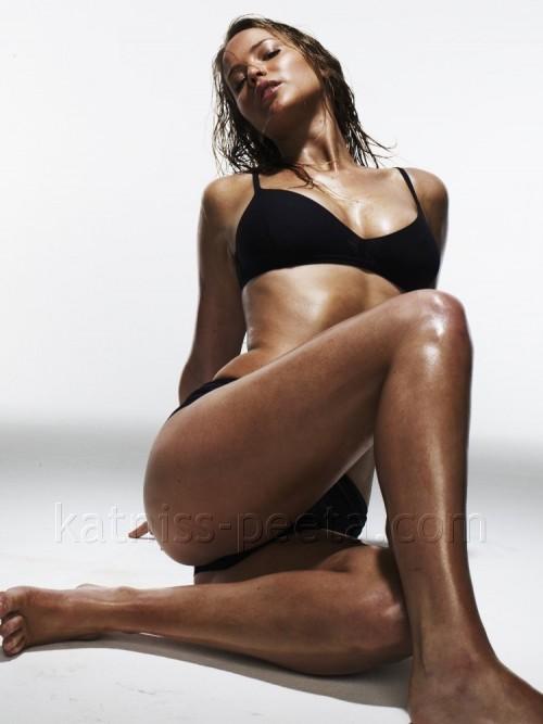 Jennifer-Lawrence-Feet-125ad467765f5195e23.jpg