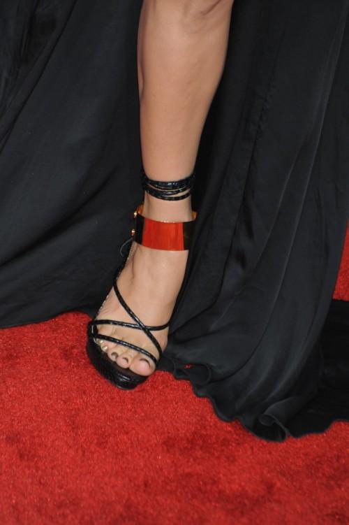Jennifer-Lopez-Feet-28b9c7e6a35991b9d5.jpg