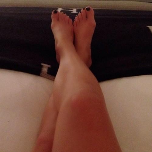 Jennifer-Lopez-Feet-33e93de10b3d76b5b2.jpg