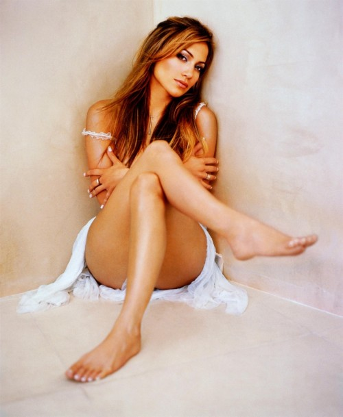 Jennifer-Lopez-Feet-3817f7e5d9471d1c32.jpg