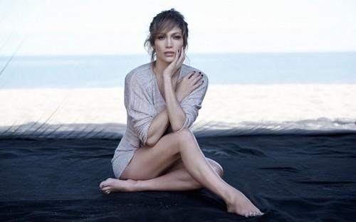 Jennifer-Lopez-Feet-42c2d6a9d8b86e446a.jpg
