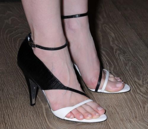 Jessica-Chastain-Feet-437833c424ca6540d.jpg