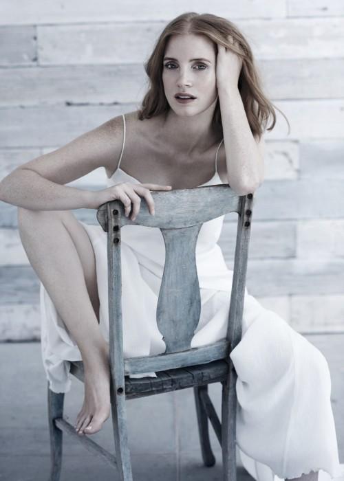Jessica-Chastain-Feet-8aad519aecda976e9.jpg