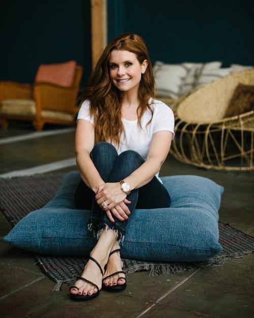 JoAnna-Garcia-Swisher-Feet-10fbf55dd652190281.jpg