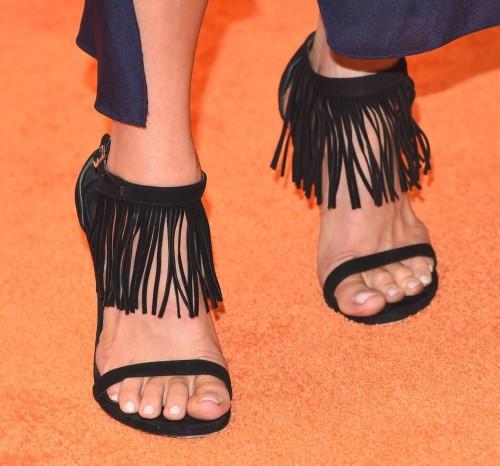 JoAnna-Garcia-Swisher-Feet-62a98adbccf8970ba.jpg