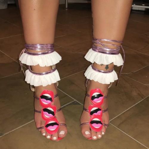 Jodie-Marsh-Feet-10930648ae0a33170d.jpg
