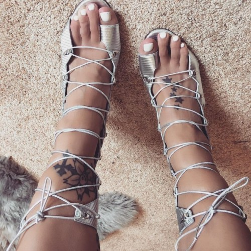 Jodie-Marsh-Feet-94a0a1ac7dbfcc58d.jpg