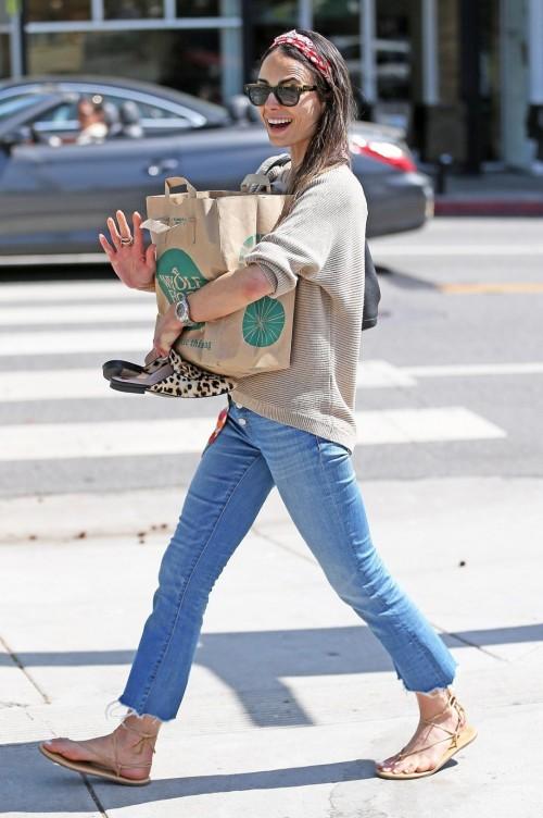 Jordana-Brewsters-Feet-13f6aed229b1f0a25c.jpg