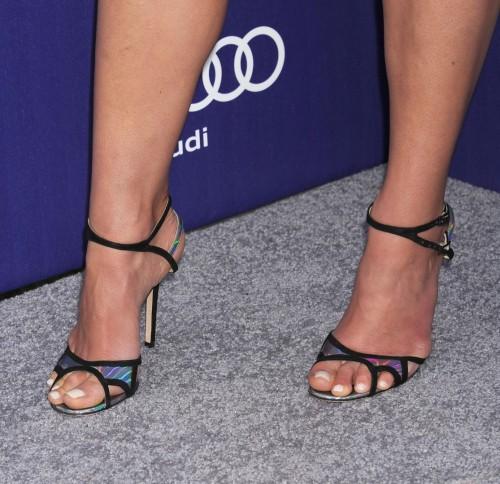Jordana-Brewsters-Feet-592fbd2caab930620.jpg