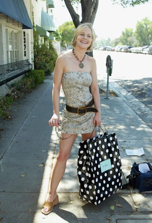 Josie-Davis-Feet-6a774eb537344f4b8.jpg
