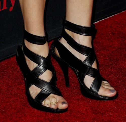 Julia-Roberts-Feet-368066aeb2937c011.jpg
