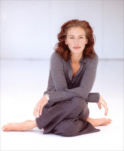 Julia-Roberts-Feet-9f563a9fca85aea04.jpg