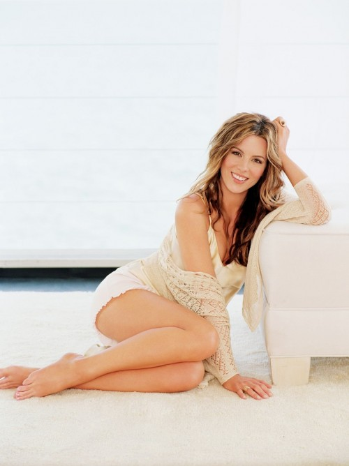 Kate-Beckinsale-Feet-1ea812069c18a80ec.jpg