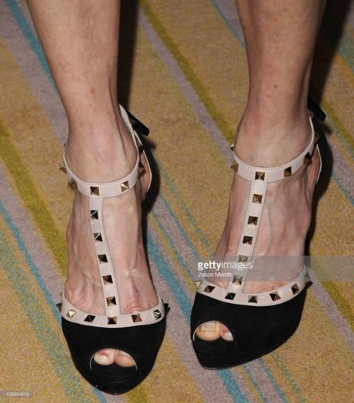 Kate-Capshaw-Feet-7f376812f0291d12e.jpg