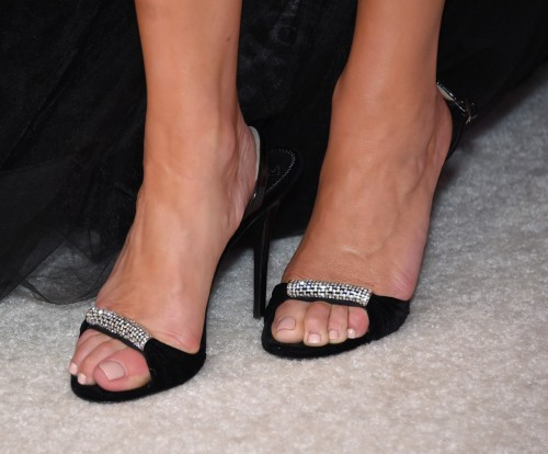 Kate-Walsh-Feet-8bf49d20d8ba3df9b.jpg